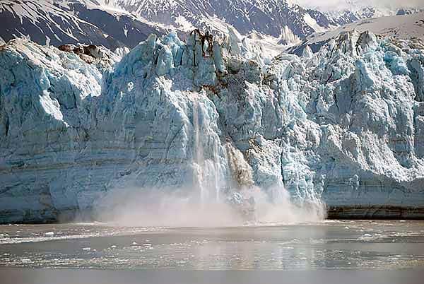 Climate-change-Alaska-glacier-calving